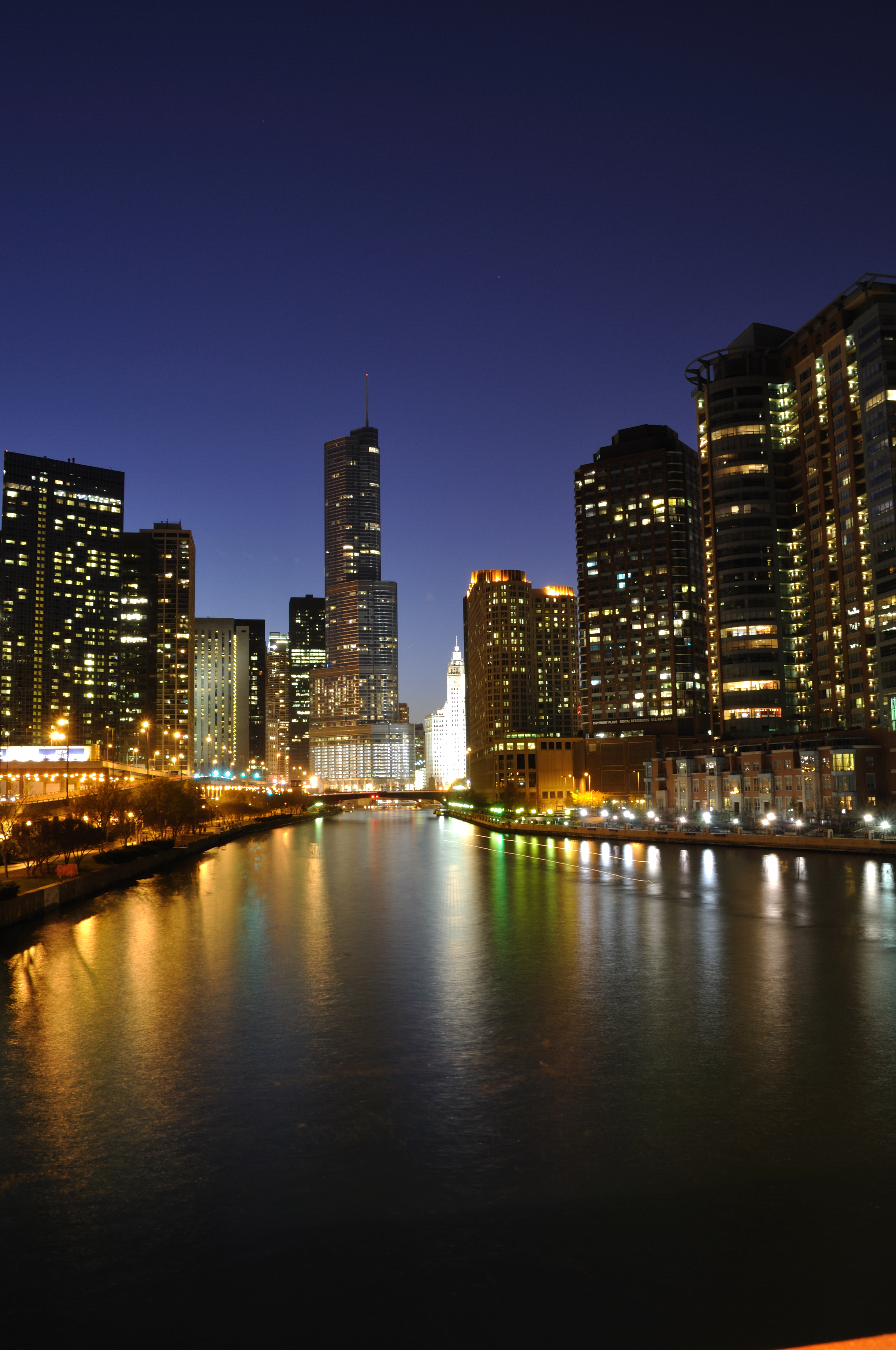 Photographing Cities At Night: Showcasing Chicago One Image